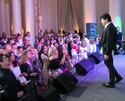 Paulo Ricardo no palco...