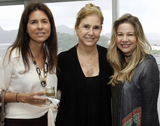Angela Hall, Madeleine Saade e Alessandra Curvello