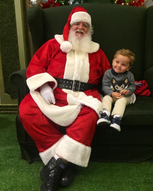 Antonio com o Papai Noel