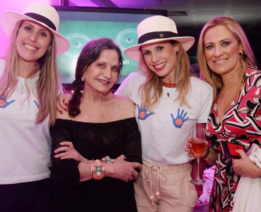 Bruna Barros, Rosamaria Murtinho, Leticia Levy e Monica Andrade