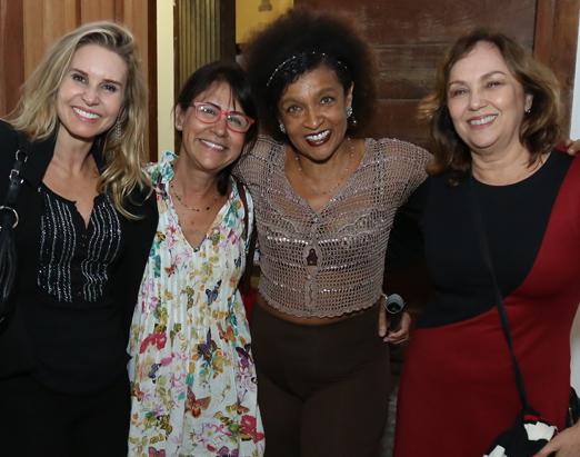 Paula Burlamaqui, Clarice Derzié Luz, Elisa Lucinda e Jane Duboc