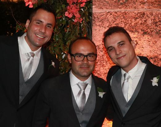 Thiago Silva com os irmãos André e Artur Barbosa