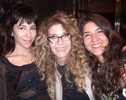 Wanderlea e as filhas Yasmin e Jadde Flores