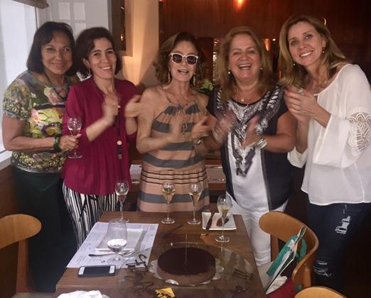 Amarilis, Esther, Lea, Renata e Kátia