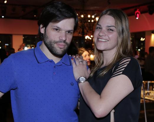 Caio Carvalho e Carol Lara