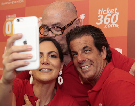 Carol Sampaio, José Victor Oliva e Álvaro Garnero