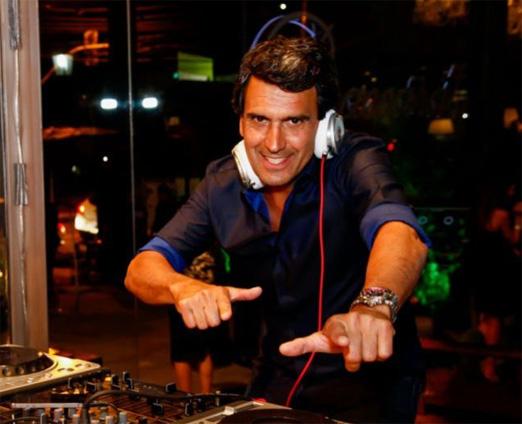 DJ Nando Jones