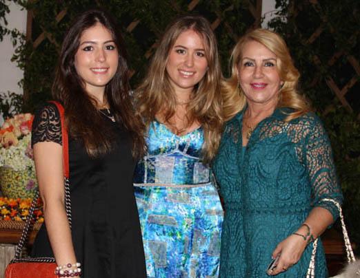 Maria Victoria Lips, Anne Catherine Lips e Isis Penido