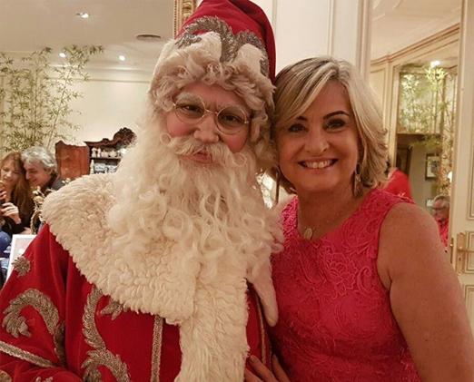 Paula Almeida com o Papai Noel
