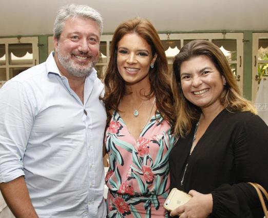 Rodrigo Suassuna, Renata Suassuna e Carmela Ribas