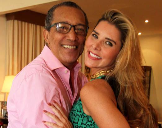 O aniversariante com Bianca Marques