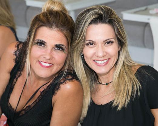 Claudia Lobo e Adriana Alves
