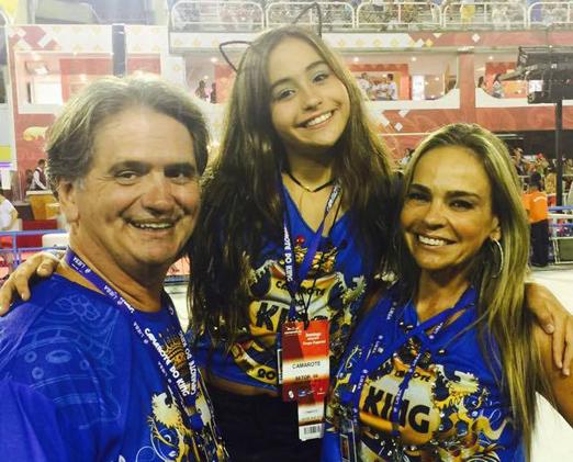 King - Luiz Rajão com a filha, Luma, e a mulher, Carol Rajão