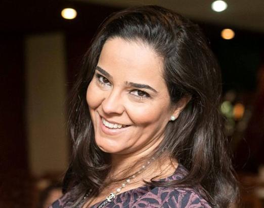 Simone Tostes