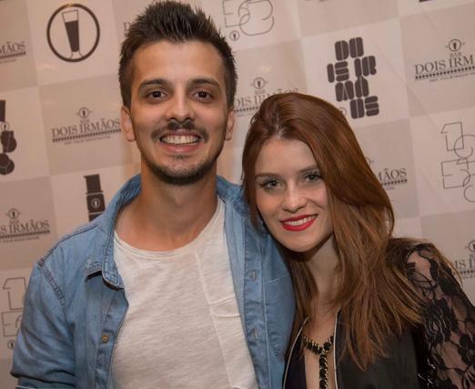 Caio Pericinoto e Micaela Camargo