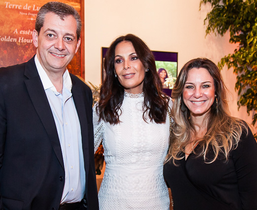 Eric Maure, Carolina Ferraz e Constanza Ricobello