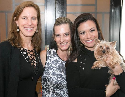 Evelyne Coulombe, Dara Araújo e Bruna Vieira