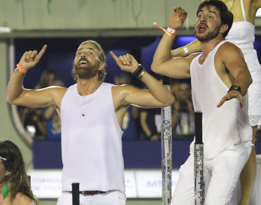 Reynaldo Gianecchini e Rodrigo Tozzi no desfile da Grande Rio