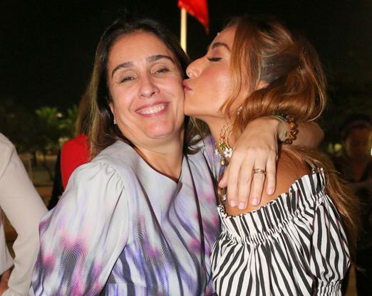 Andrea Dantas e Sabrina Sato
