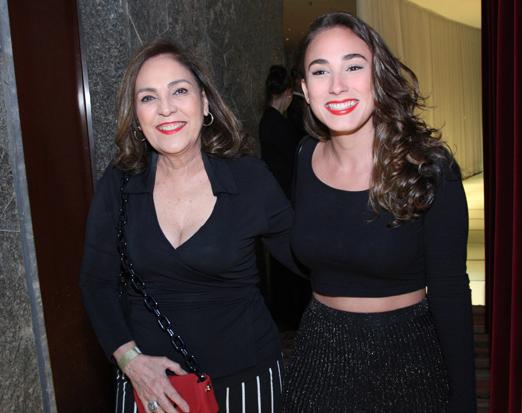 Jacyra Lucas com a filha Giovanna