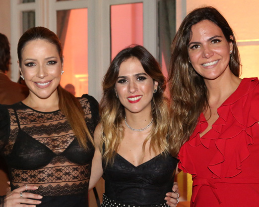 Renata Domingues, Tatá Werneck e Carol Sampaio