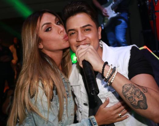 Nicole Bahls e Jefferson de Moraes