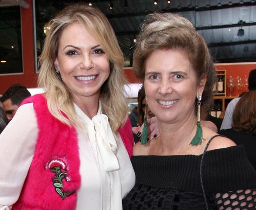 Nina Kauffmann e Kika Gama Lobo