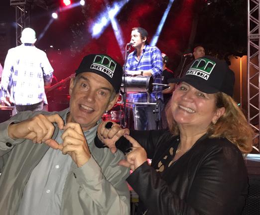 Paulo e Renata Fraga no show da DDP Diretoria
