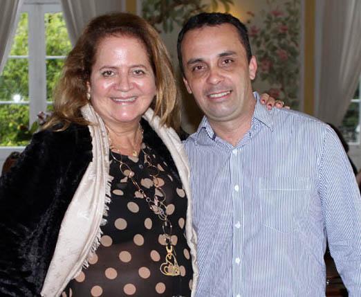 Renata Fraga e o colunista Alexandre Machado