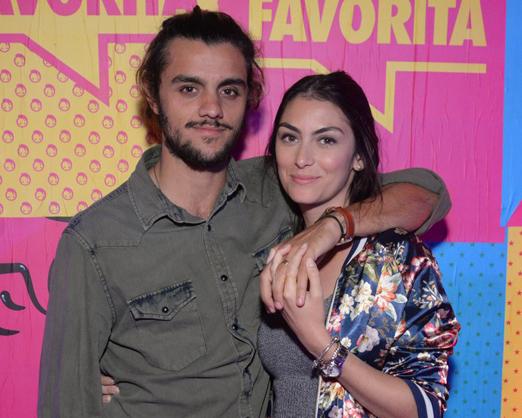 Felipe Simas e Mariana Uhlmann