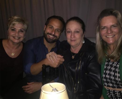Marcelo Calero entre Paula Almeida, Beth Serpa e Maninha Barbosa
