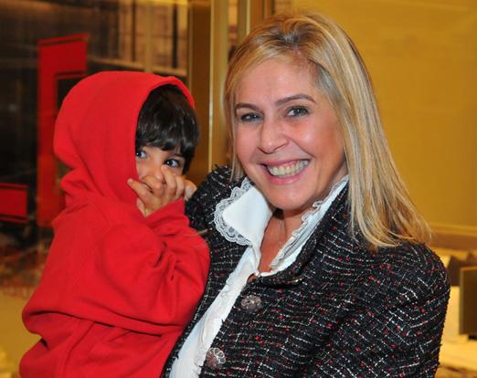 Gisela Rudge com o netinho Miguel