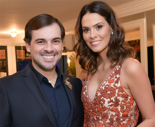 Sandro Barros e Renata Queiroz de Moraes
