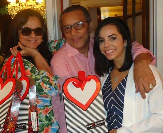 Ana Paula Magalhães, Amaro Leandro Barbosa e Monique Elias Serpa
