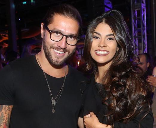 Beto Gatti e a cantora Gabi
