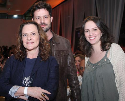 Elisabeth Savalla, Thiago Picchi e Gabriela Vasselai
