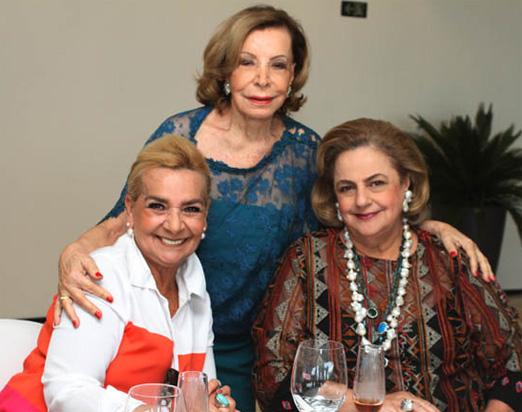 Ilka entre Vera Bangel e Cristina Aboim