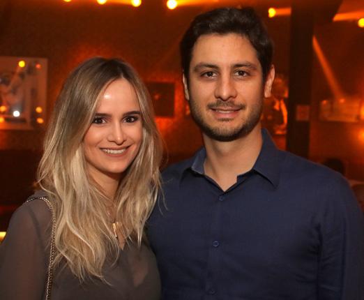 Mariana Schermann e Renato Dias
