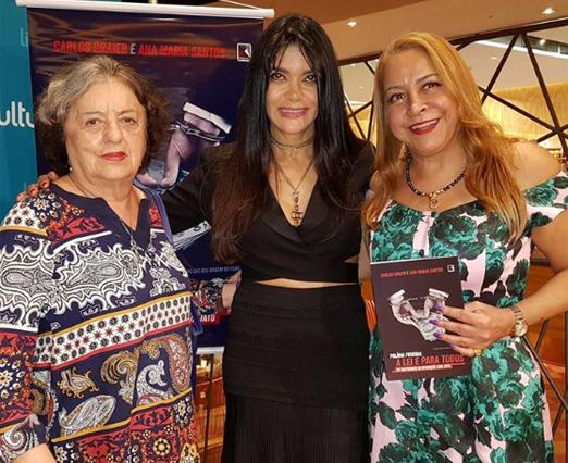 Ana Maria Santos entre Nilde Rainho e Candida Virgínia Ribeiro
