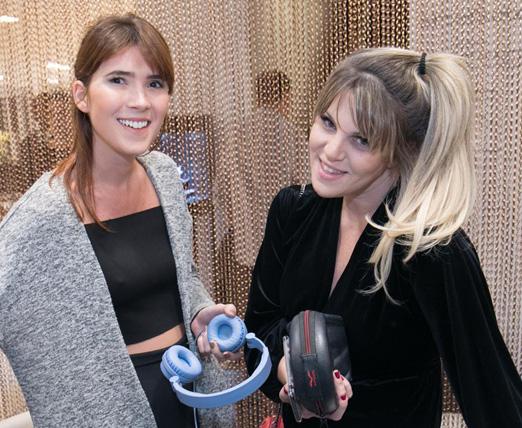 DJs Martha Pinel e Scarlet