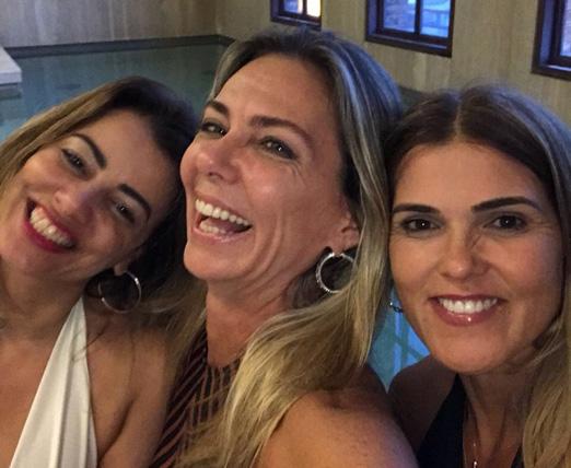Márcia com as amigas Paloma Perdigão e Claudia Lobo