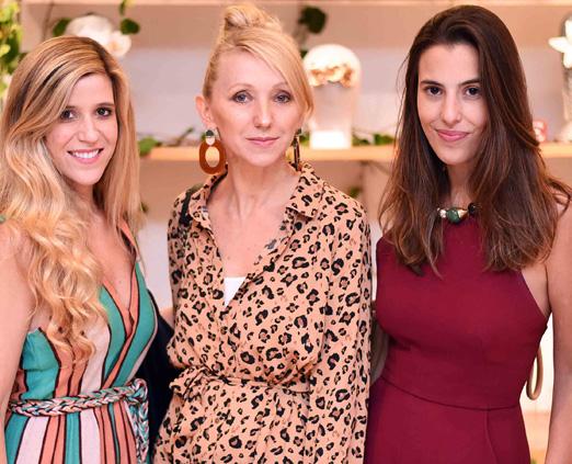 Marcela Assis, Gabi Back e Elisa Taunay
