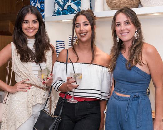 Camila Senna, Barbara Aragão e Carol Rezende