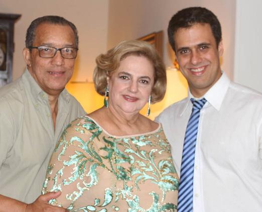 Cristina Aboim entre Amaro Leandro Barbosa e o filho Lucas