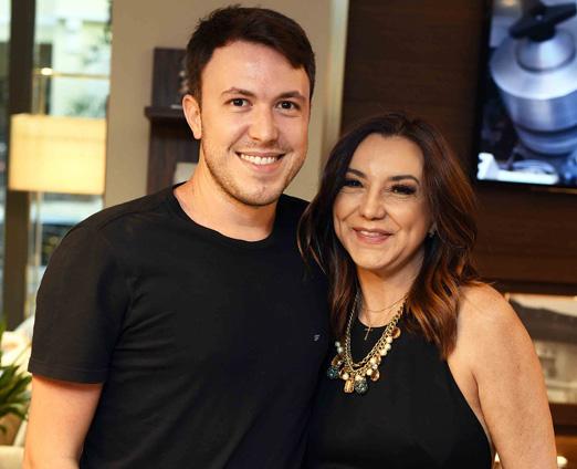 Fabiano Ravaglia Prates e Rosa Maria Tavares