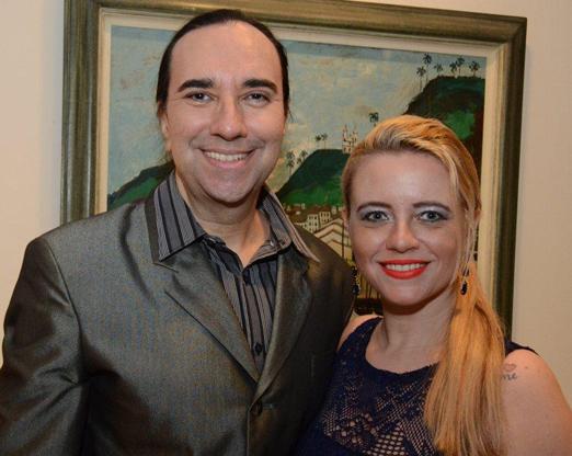 Helcio Hime e Camila Carvalho