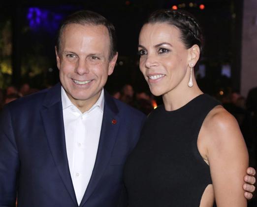 João Doria e Regininha Moraes Waib