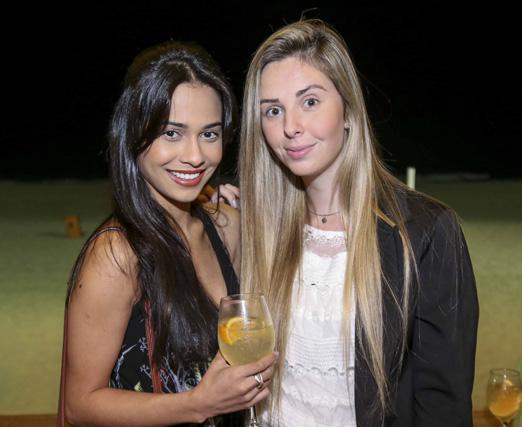 Thayane Freitas e Carolina Piazentin