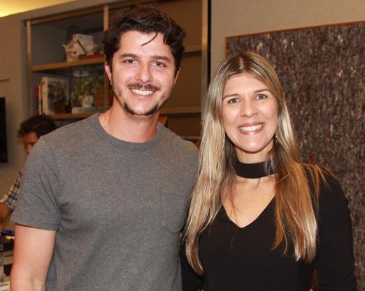 Gabriel Sabugosa e Carla Marchon