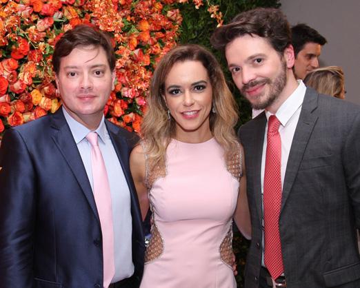Georgia e Alessandro Alarcão com Tiago Parente